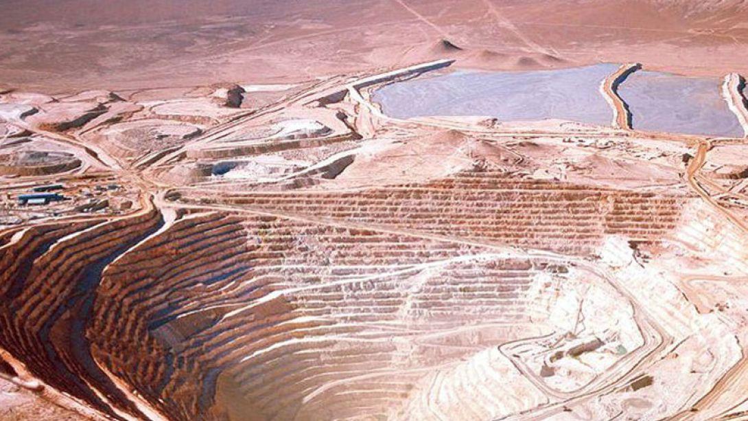 Miembro de Comité del Precio del Cobre explica los pro y los contra de la huelga en Minera Escondida