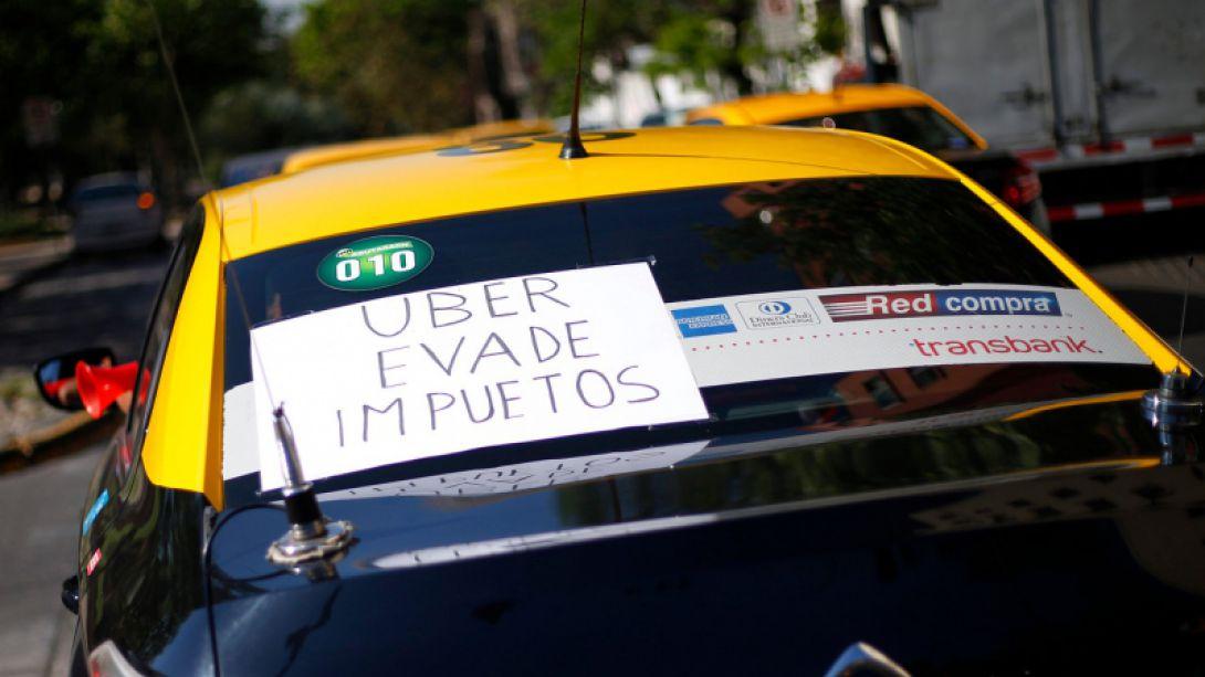 Confenataxi confirma paro en Súper lunes por Uber: Todo comienza por la respuesta del ministro