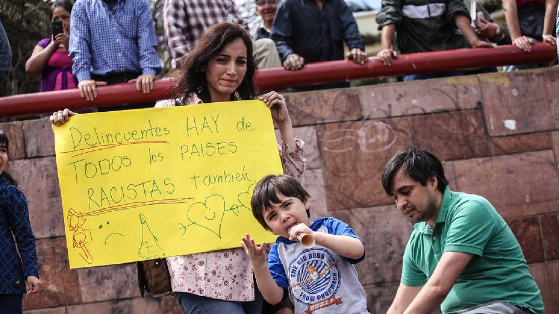 Ex Canciller Errázuriz por polémica con inmigrantes: La gente no estudia el tema y repite mitos