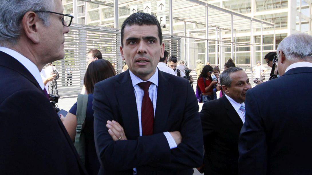 Gajardo responde a defensa de Penta: La acusación no es una diligencia y no está sujeta a reserva