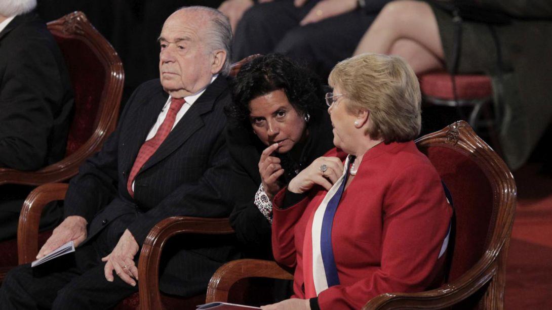 Obispo Soto se desmarca de concilio evangélico y asegura que hubo falta de respeto a Bachelet