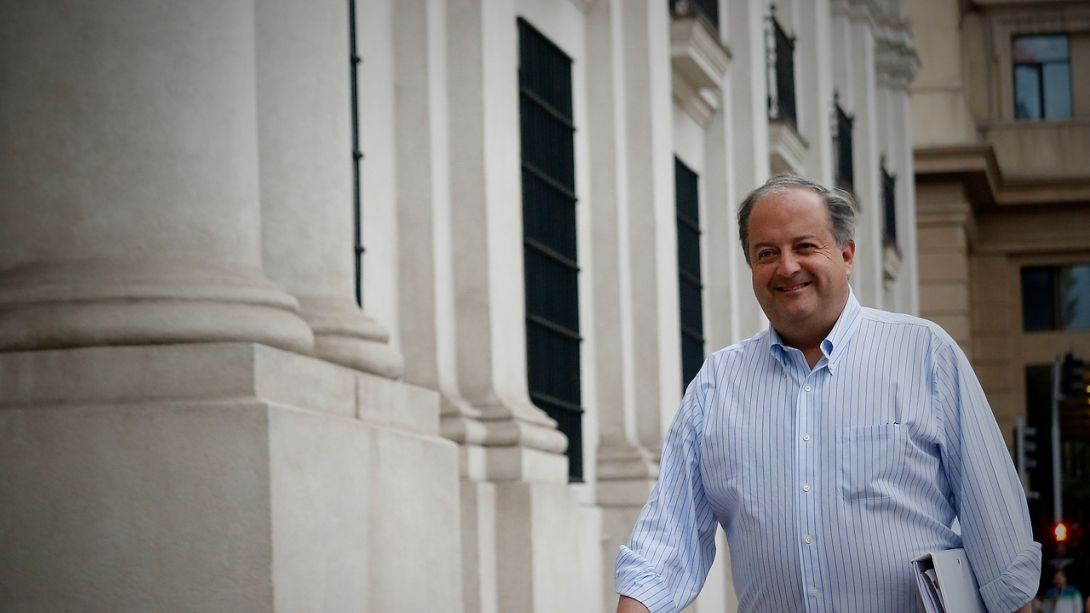 Reforma Pensiones: Monckeberg confirma que efectivamente habrá doble cobro de comisión