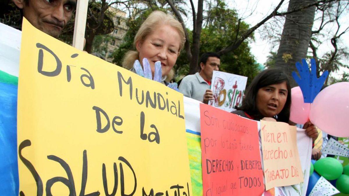 """Director Hospital Psiquiátrico U. de Chile: """"25% de chilenos requiere atención sicológica pronta"""