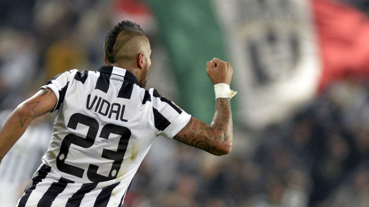 Técnico de Arturo Vidal: De vez en cuando hacen algo estúpido