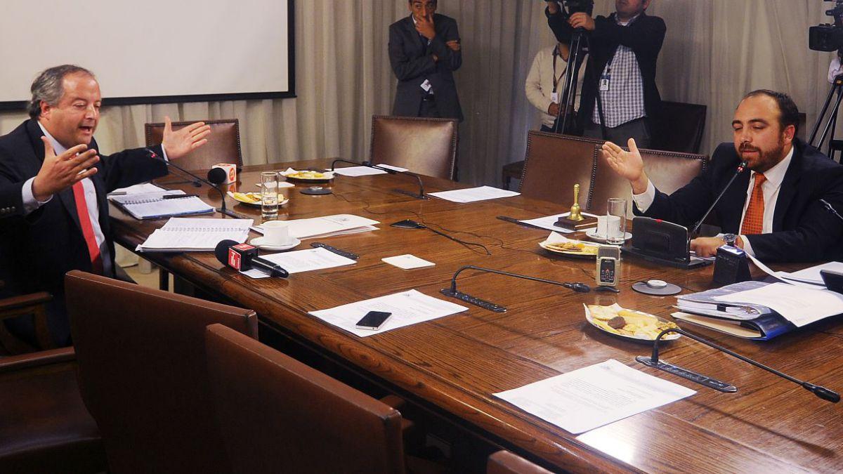 Caso Cascadas: Comisión enviará cuestionario a Piñera y desata críticas de la oposición