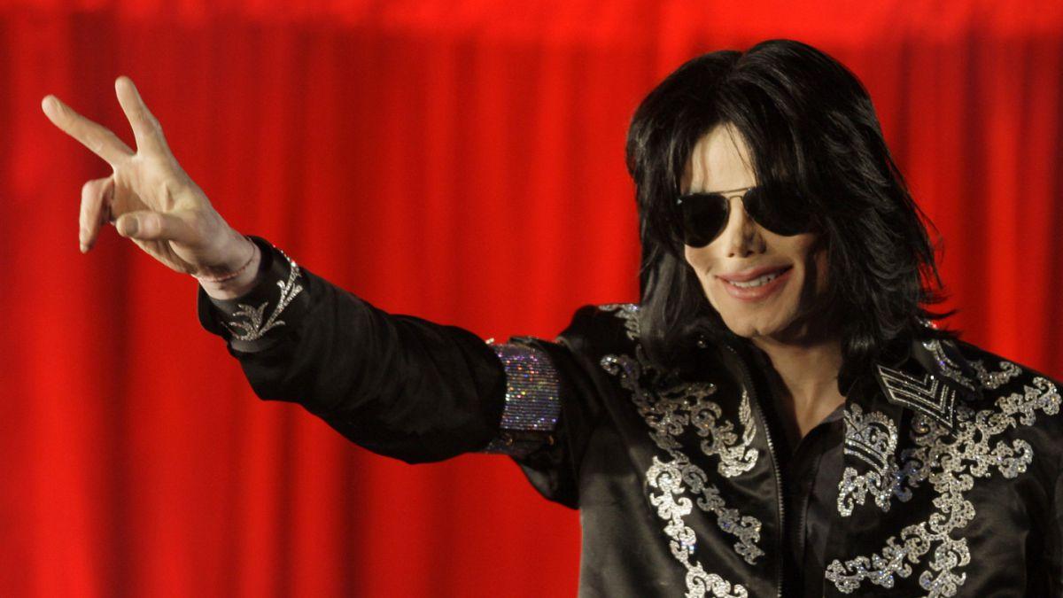 Forbes: Michael Jackson es el artista fallecido que genera más ganancias