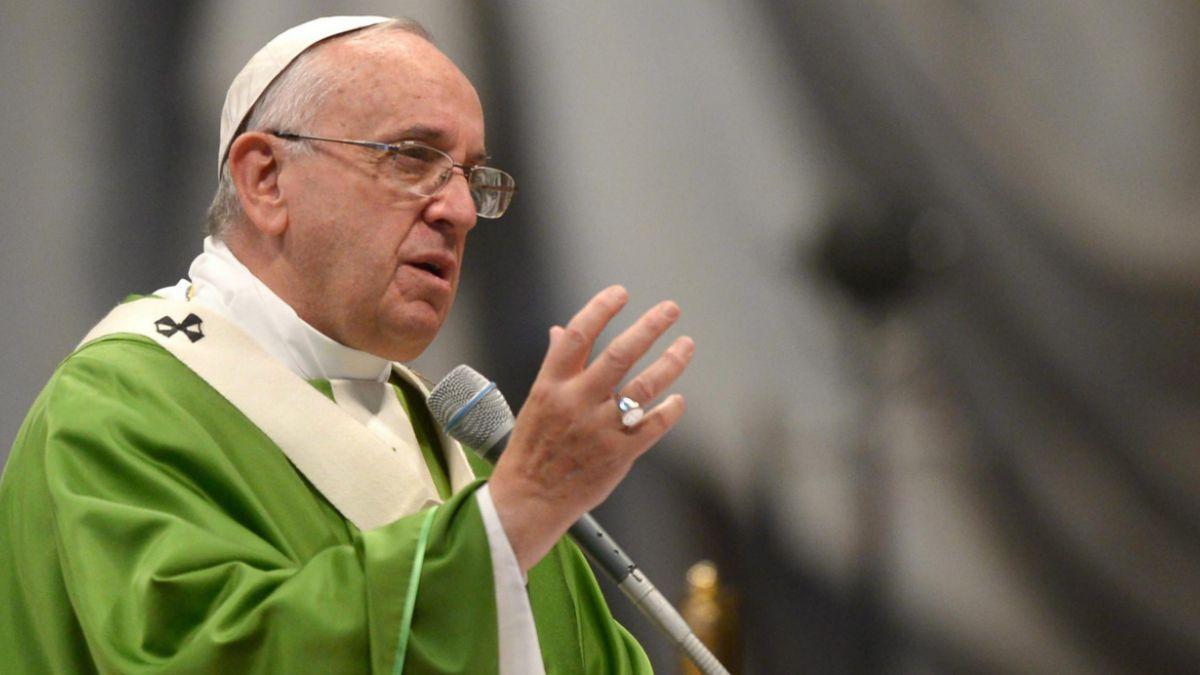 Sínodo católico: Papa sufre revés en temas de aceptación de la homosexualidad