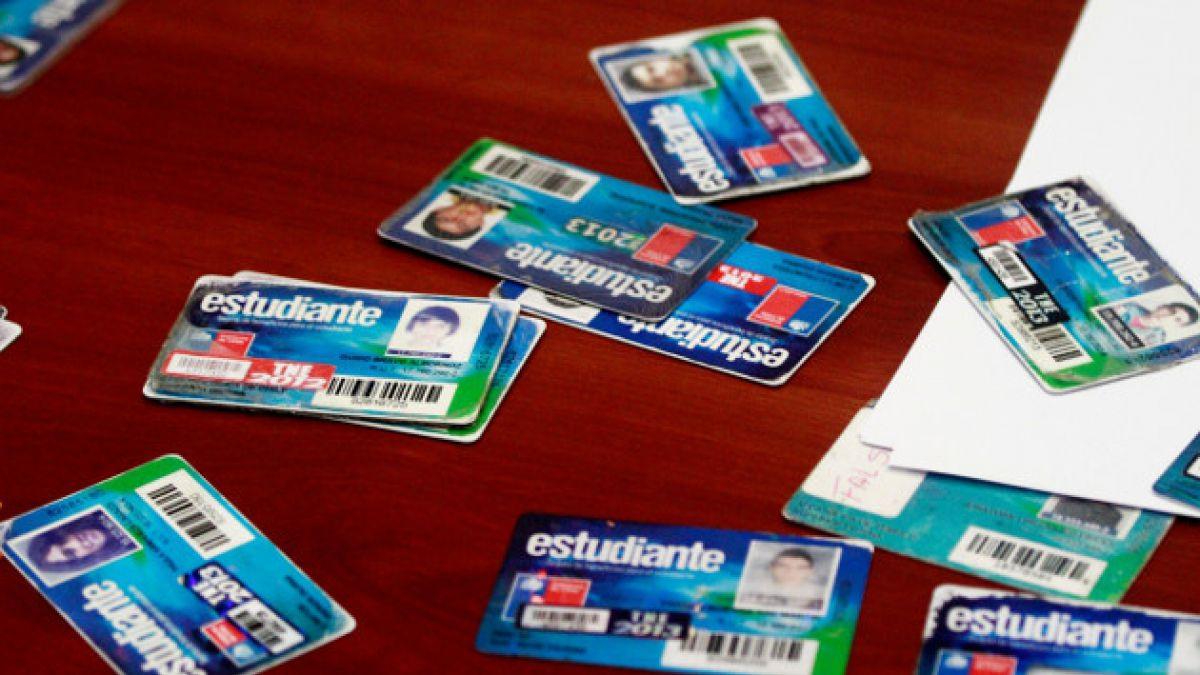 Junaeb ha detectado más de tres mil tarjetas de estudiantes recargadas de forma fraudulenta