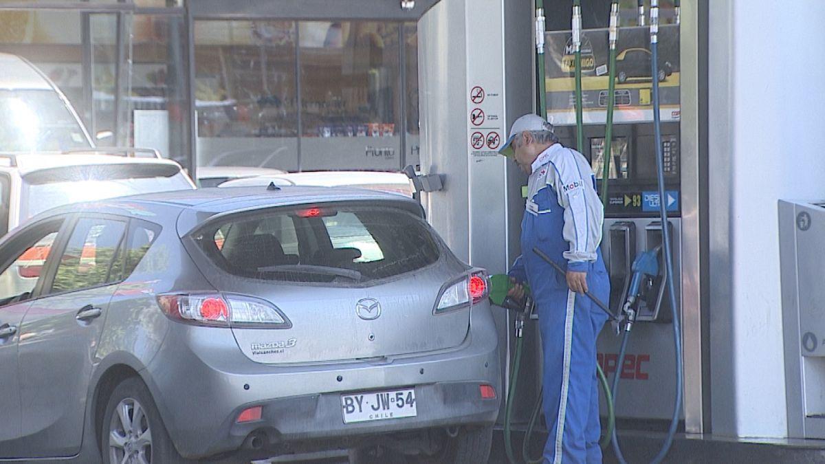 ENAP oficializa baja de precios y gasolinas descienden hasta $67 por litro