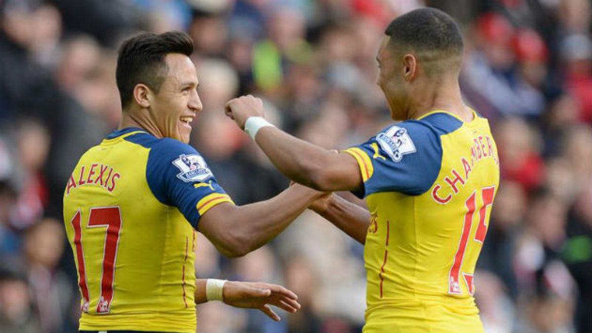 Compañero de Alexis: Es tan bueno como Thierry Henry