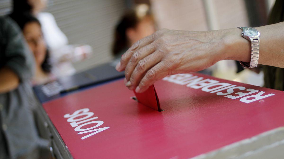 Consulta ciudadana: Casi un cuarto de los chilenos en el extranjero no sabía que podrá votar