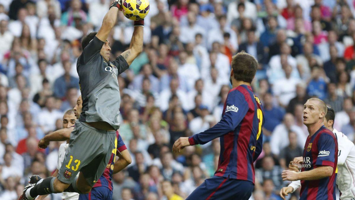 Claudio Bravo integra el plantel más viejo de la Liga española