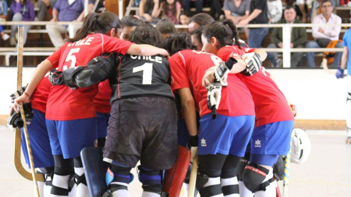 Marcianitas avanzan invictas a los cuartos del Mundial femenino de hockey patín