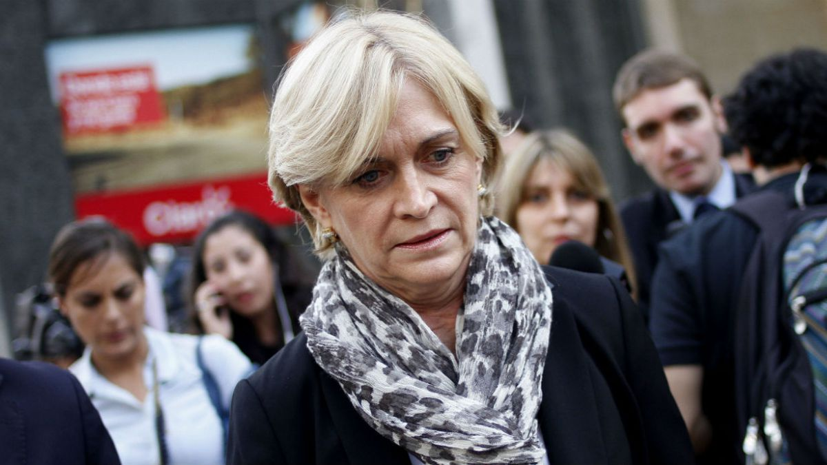 Matthei: Me cuesta creer que personas anónimas donaran $1.100 millones a Bachelet