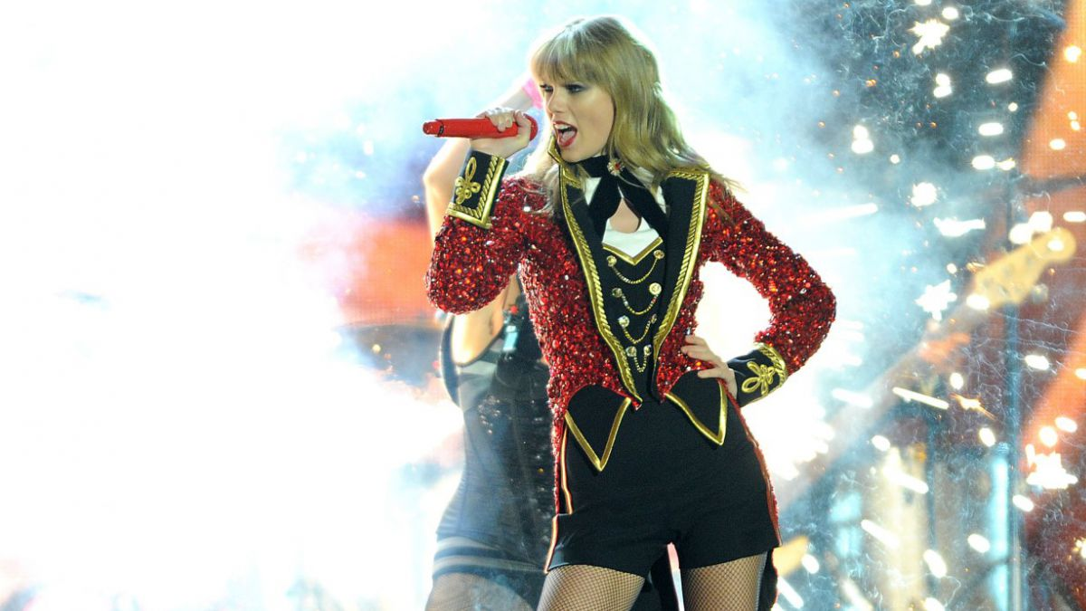 Taylor Swift imparable: Vende 1,28 millones de copias en  sólo una semana