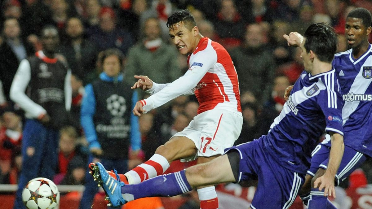 El contraste entre la brillantez de Alexis Sánchez y el opaco rendimiento de Arsenal FC