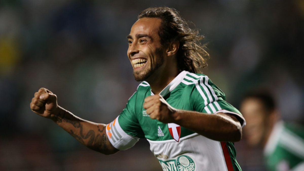 Compañero de Valdivia en Palmeiras: Es muy importante porque es un ídolo para nosotros