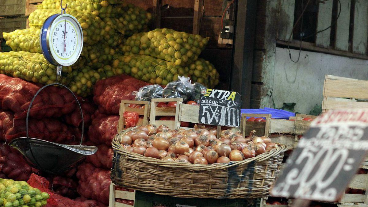Inflación sube 1% en octubre y supera ampliamente lo esperado por el mercado
