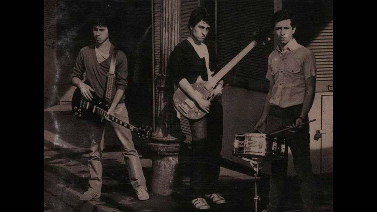 Expertos eligen las cinco mejores canciones de las bandas icónicas de la música chilena