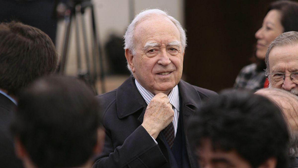 Pérez Yoma: El origen de todos los problemas del gobierno está en el ministro Eyzaguirre