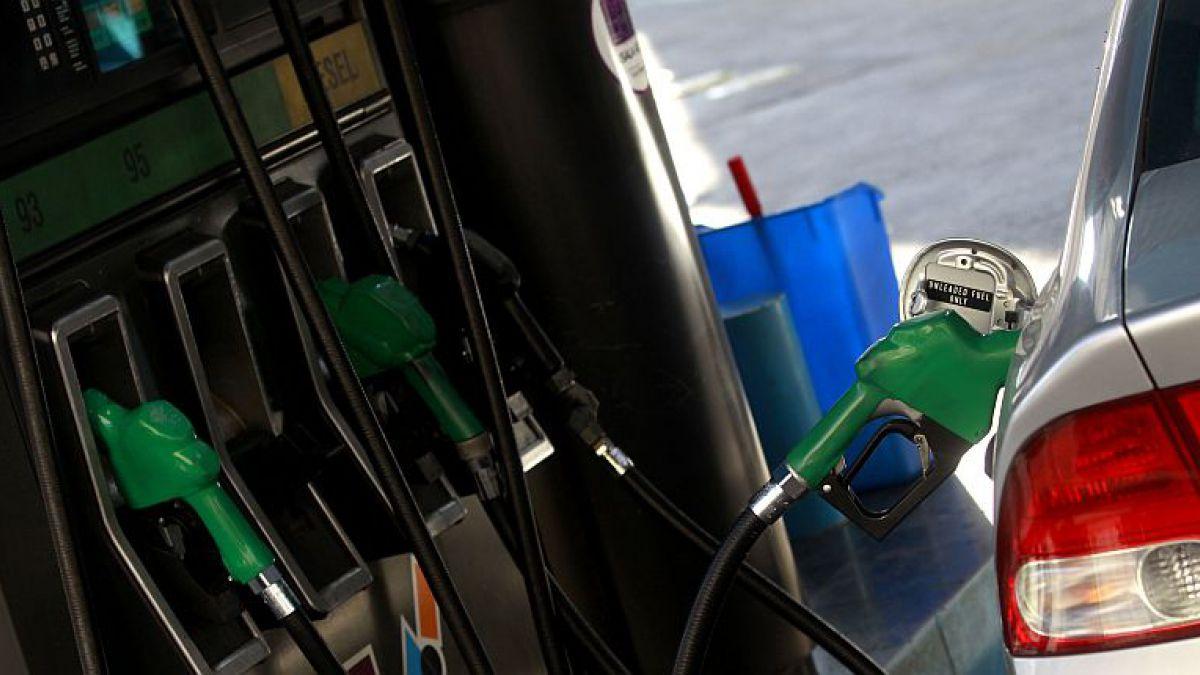 Precio de las bencinas sube 5,4 pesos desde este jueves