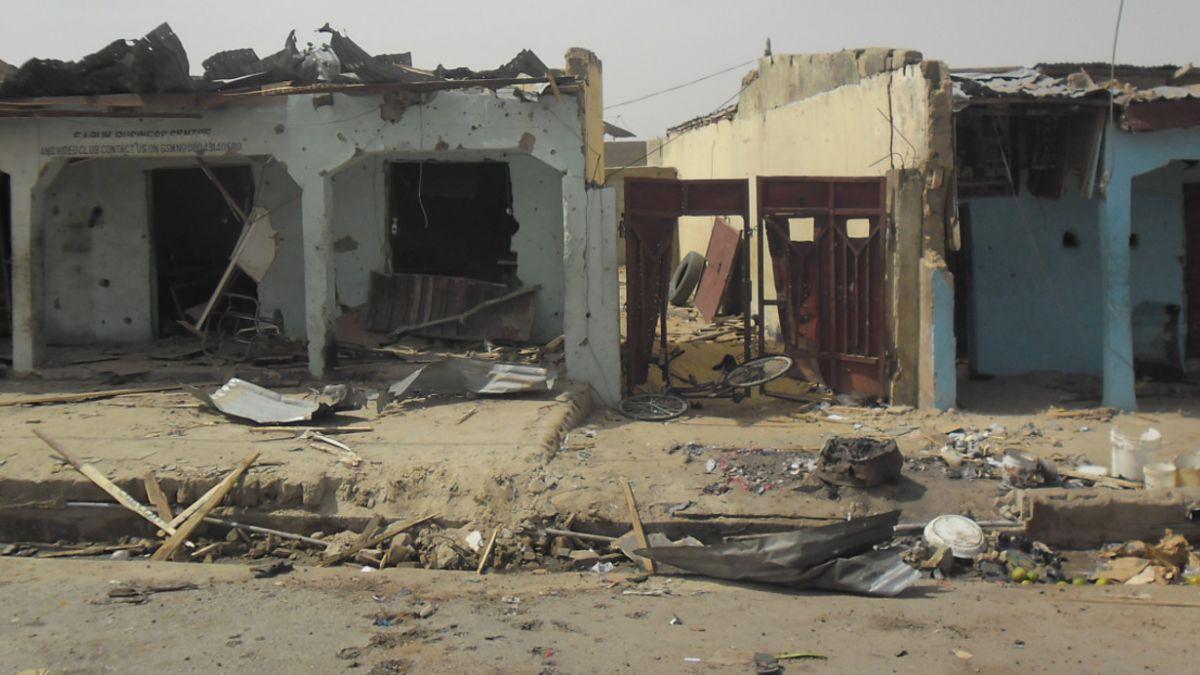 Ataque con bomba en escuela de Nigeria deja al menos 35 muertos