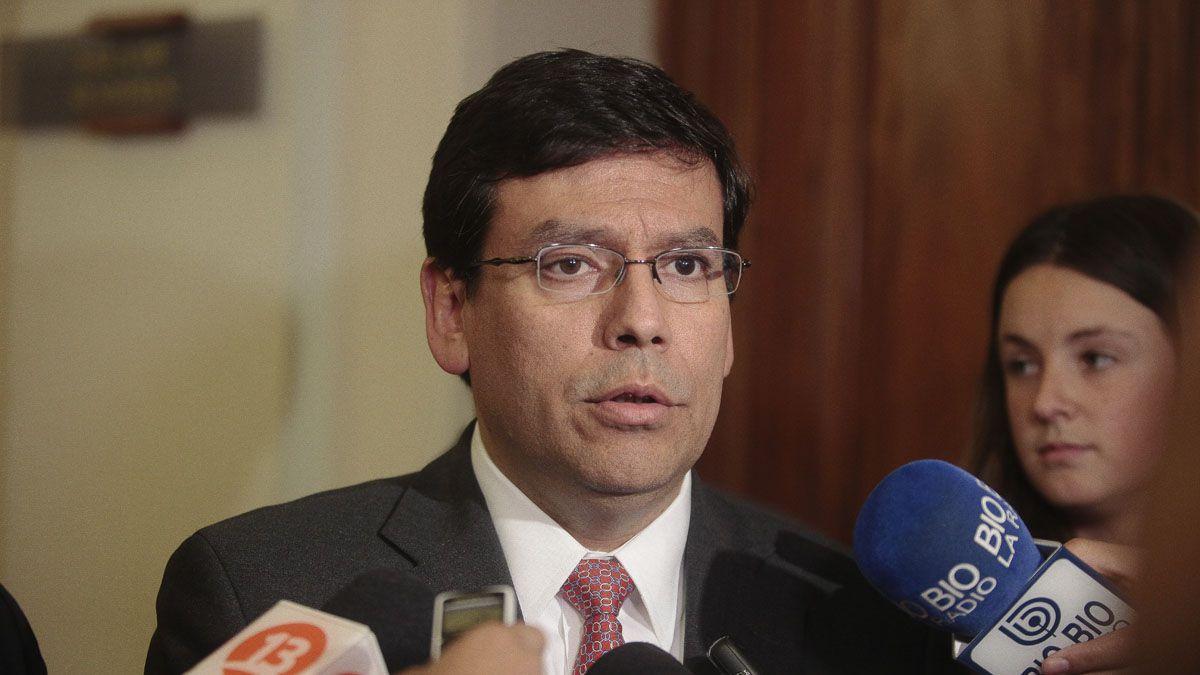 Arenas desestima conflictos con empresariado y dice que presupuesto ingresará el lunes a la cámara