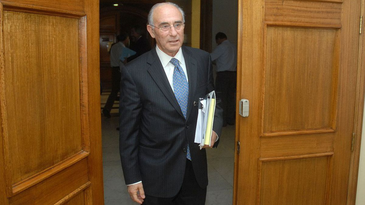Bitar y discusión por reforma educacional: El ministro de Educación debe ser reforzado