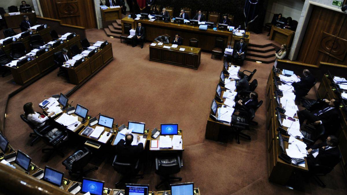 Senadores votarán hoy proyecto de reforma al binominal hasta total despacho