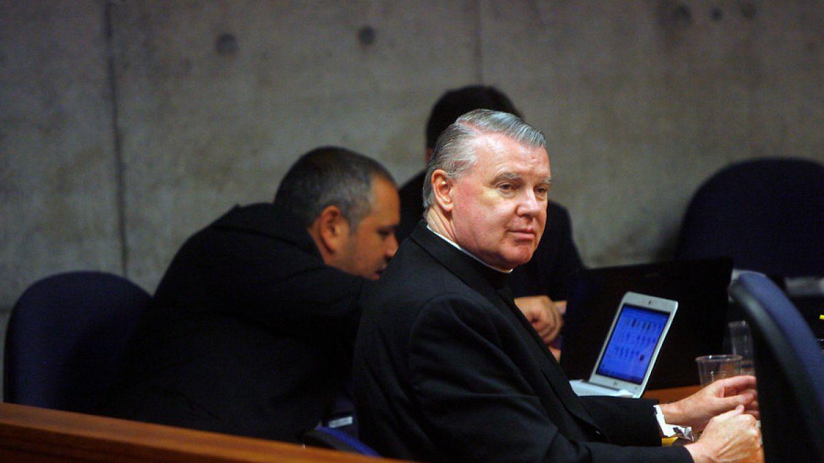 Sacerdote John O`Reilly es condenado a 4 años y un día con beneficio de libertad vigilada