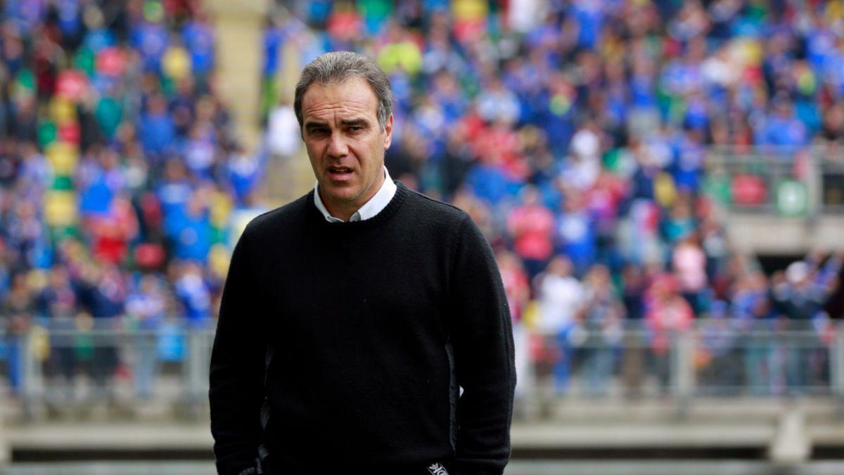 Martín Lasarte dice que dirigiría la selección chilena, pero descarta interinato