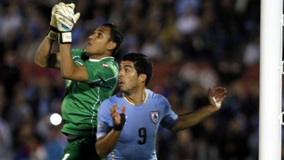 Luis Suárez no estará el martes en el amistoso entre Chile y Uruguay