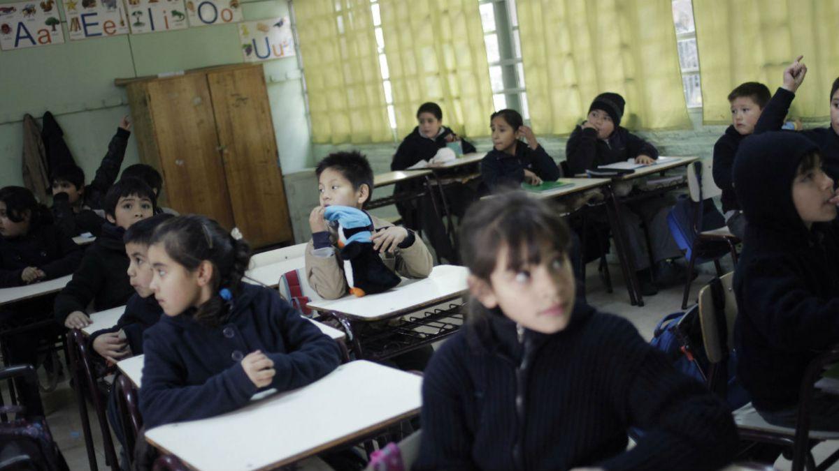 Ministerio de Educación anuncia eliminación de pruebas Simce en dos niveles