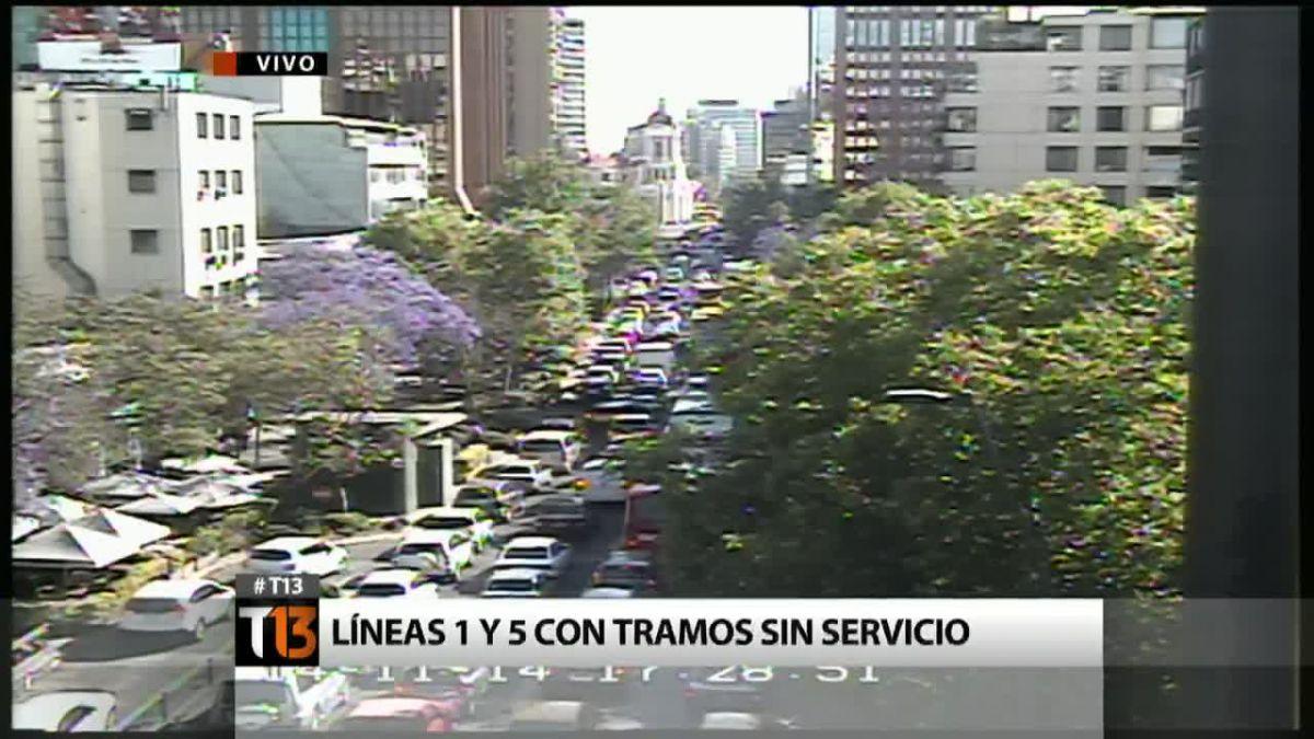 Alta congestión vehicular dificulta regreso de santiaguinos tras falla del Metro
