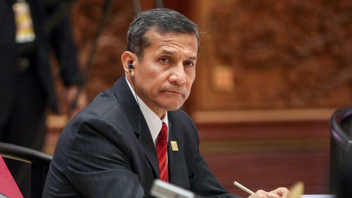 Presidente Humala baja su aprobación hasta un 25% en noviembre