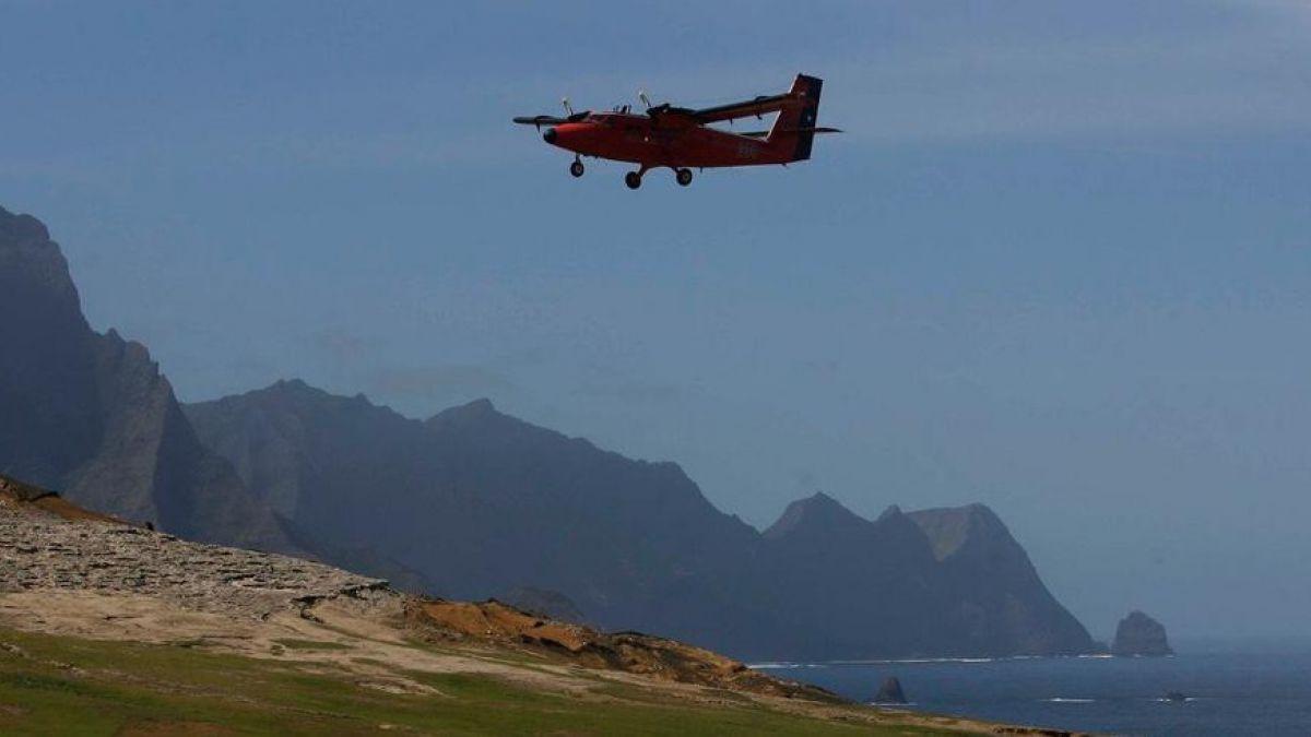 Casa 212: Formalizan a 5 oficiales de la FACh por caída de avión en Juan Fernández