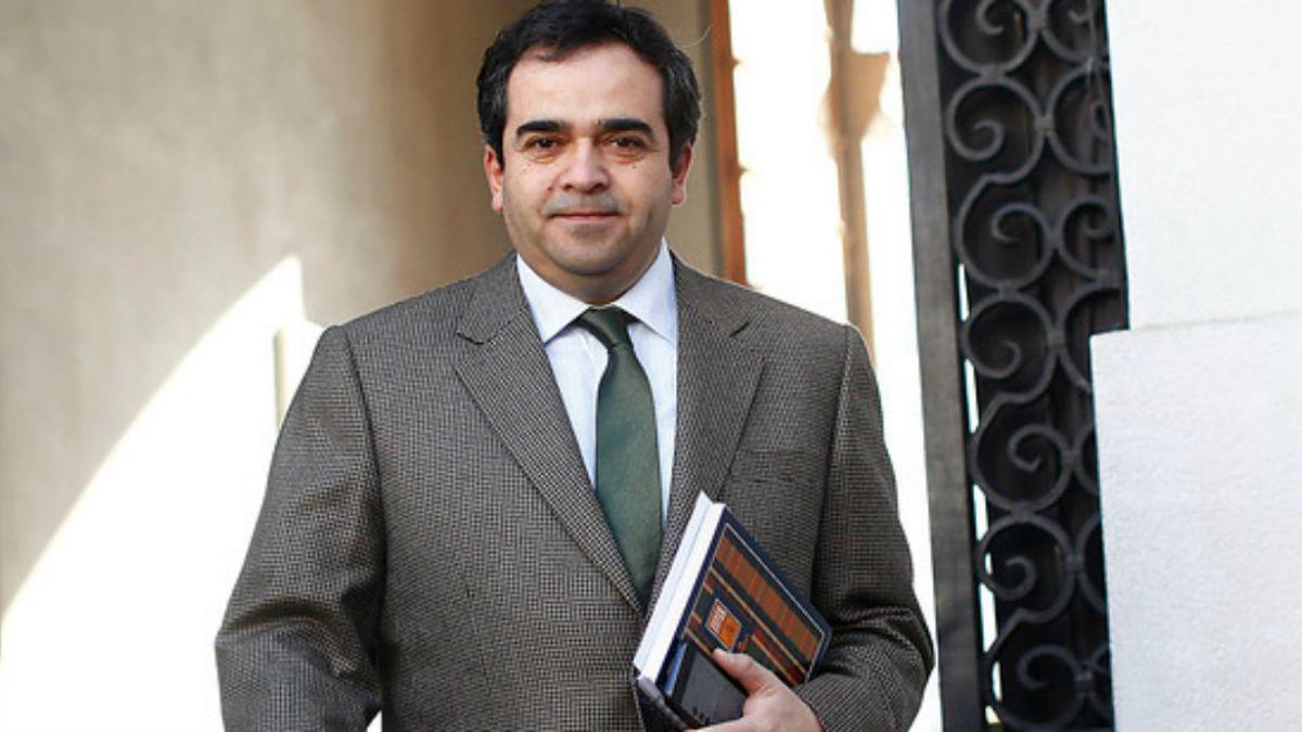 Senador Quintana se ve involucrado en accidente y muerte de carabinero