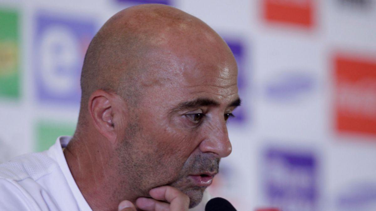 Sampaoli confirma que molestias físicas de Valdivia no le impedirán estar frente a Uruguay