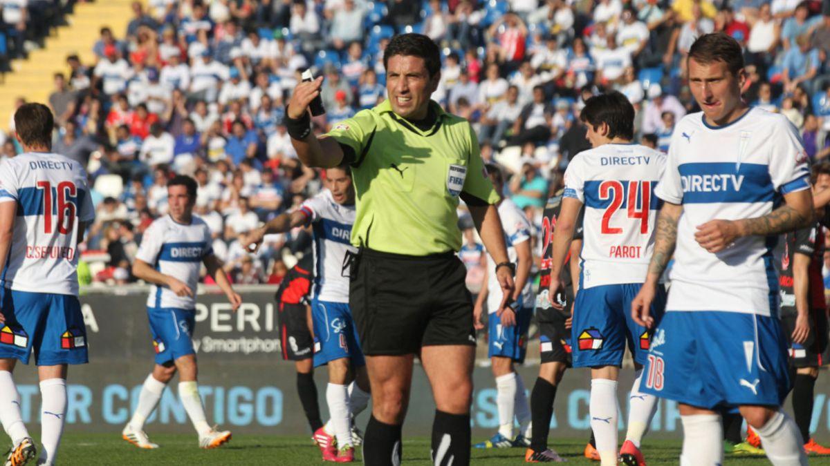 Eduardo Gamboa dirigirá el partido entre Universidad Católica y Colo Colo