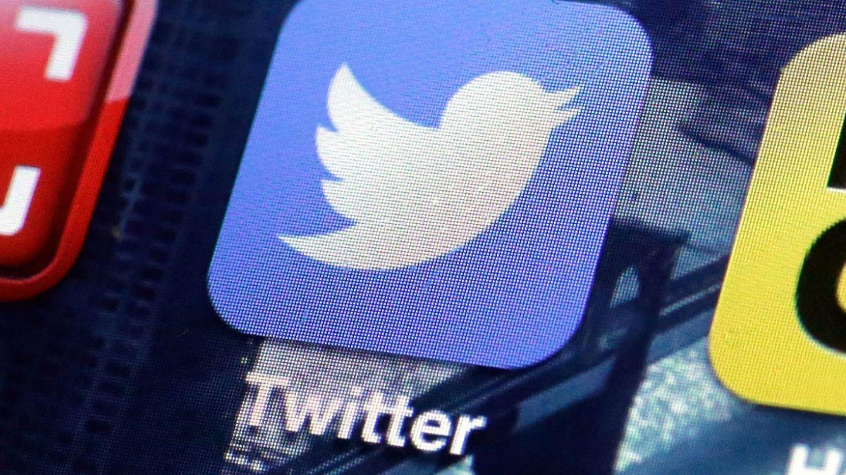 Polémica por visita de supuesto cofundador de Twitter a evento social en Santiago