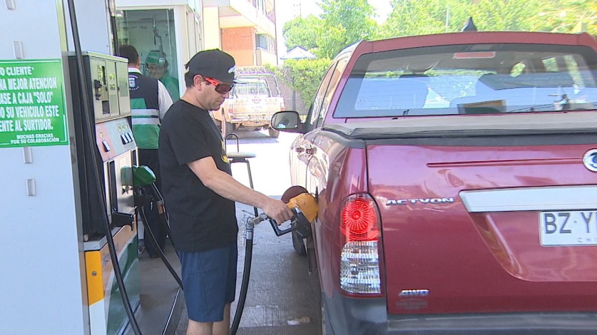 ENAP: Por sexta semana consecutiva sube el precio de los combustibles