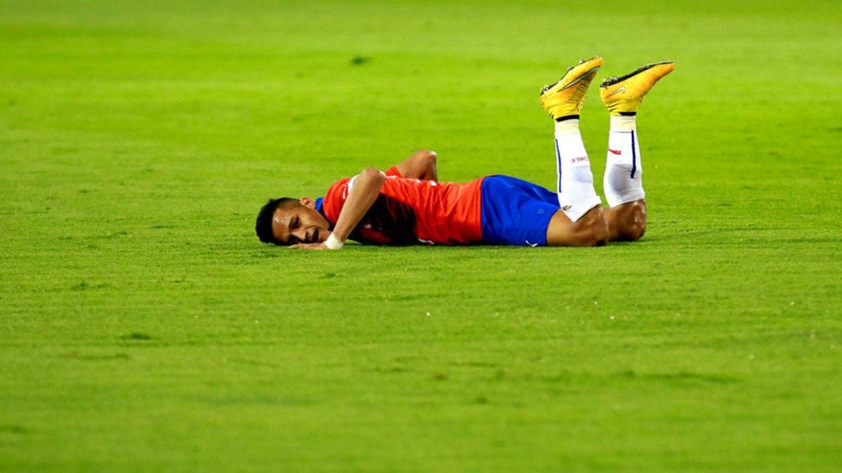 Cinco debilidades con que la Selección chilena cierra el año 2014