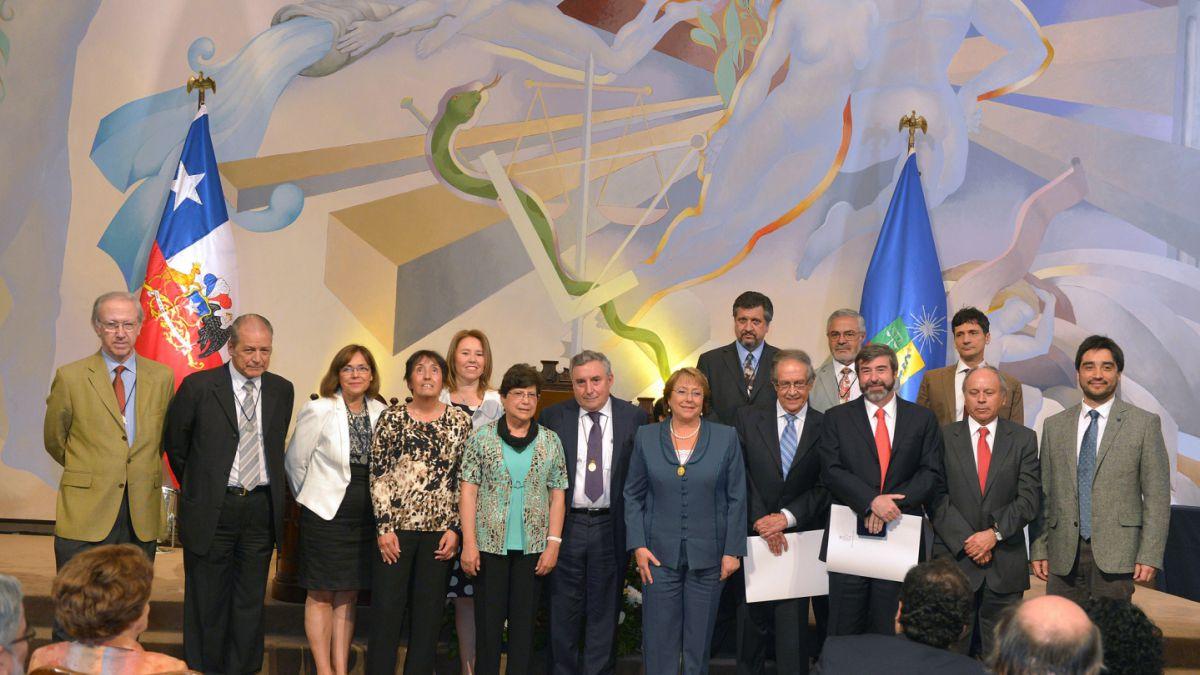"""Bachelet: Todos quieren una reforma a la educación y todos quieren participar"""""""