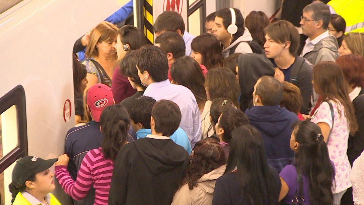 Línea 1 del Metro normaliza su servicio tras suspensión de dos estaciones