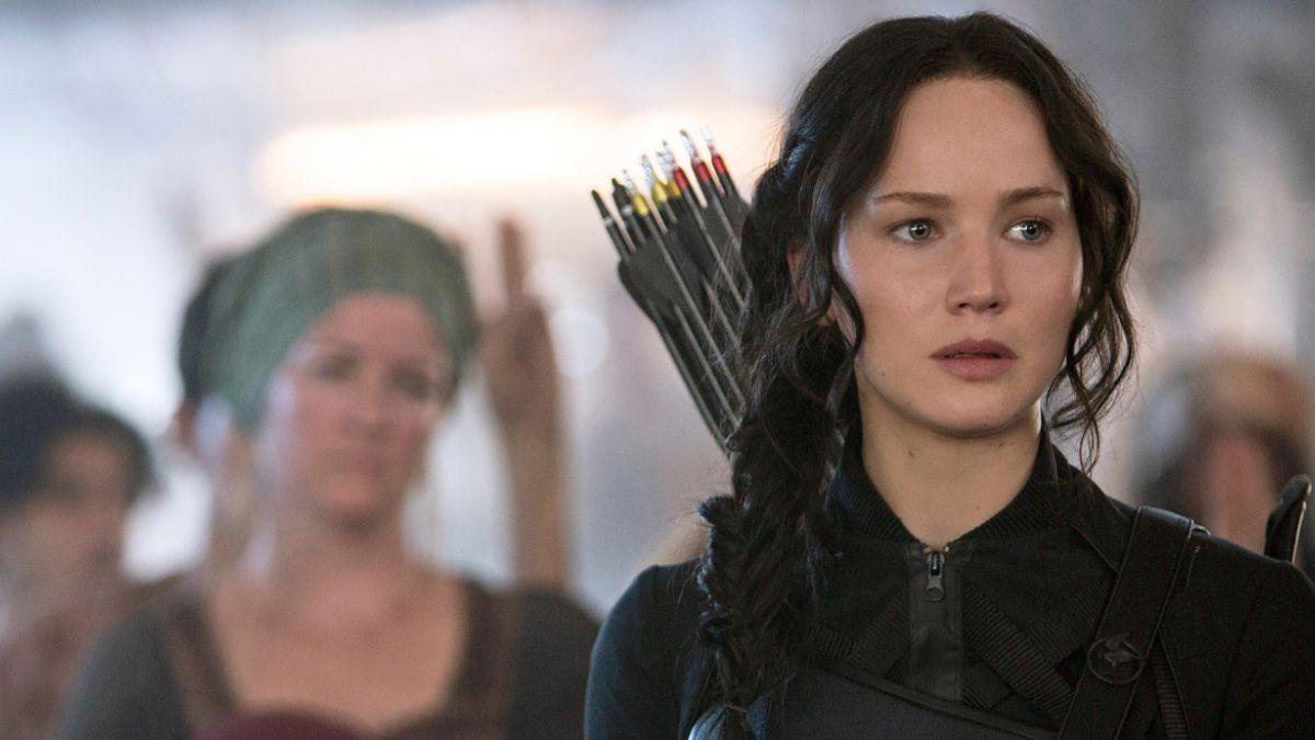 """[VIDEO] Revelan escenas borradas de """"Los Juegos del Hambre: Sinsajo – Parte 1"""""""