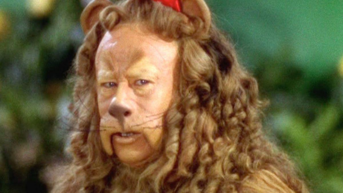 """Disfraz del león de """"El mago de Oz"""" es vendido en más de US$3 millones"""
