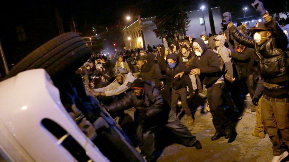 Despliegan más de 2.000 militares en Ferguson en medio de nuevas protestas
