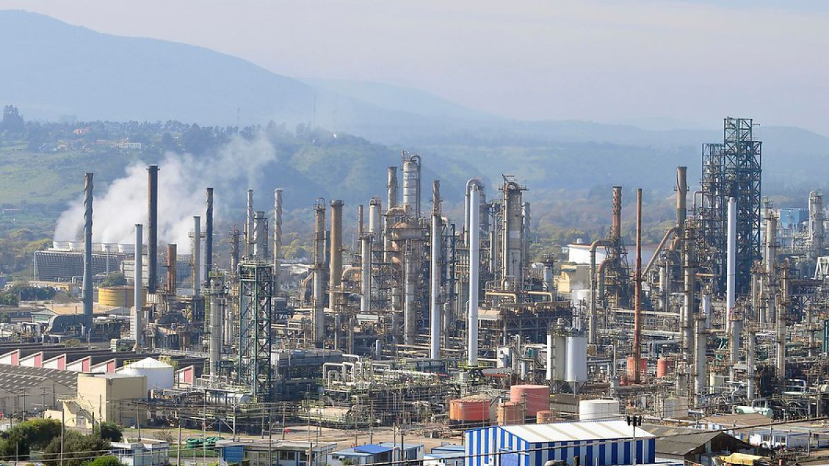 Endesa Chile, ENAP y Metrogas firman acuerdo para exportar gas a Argentina