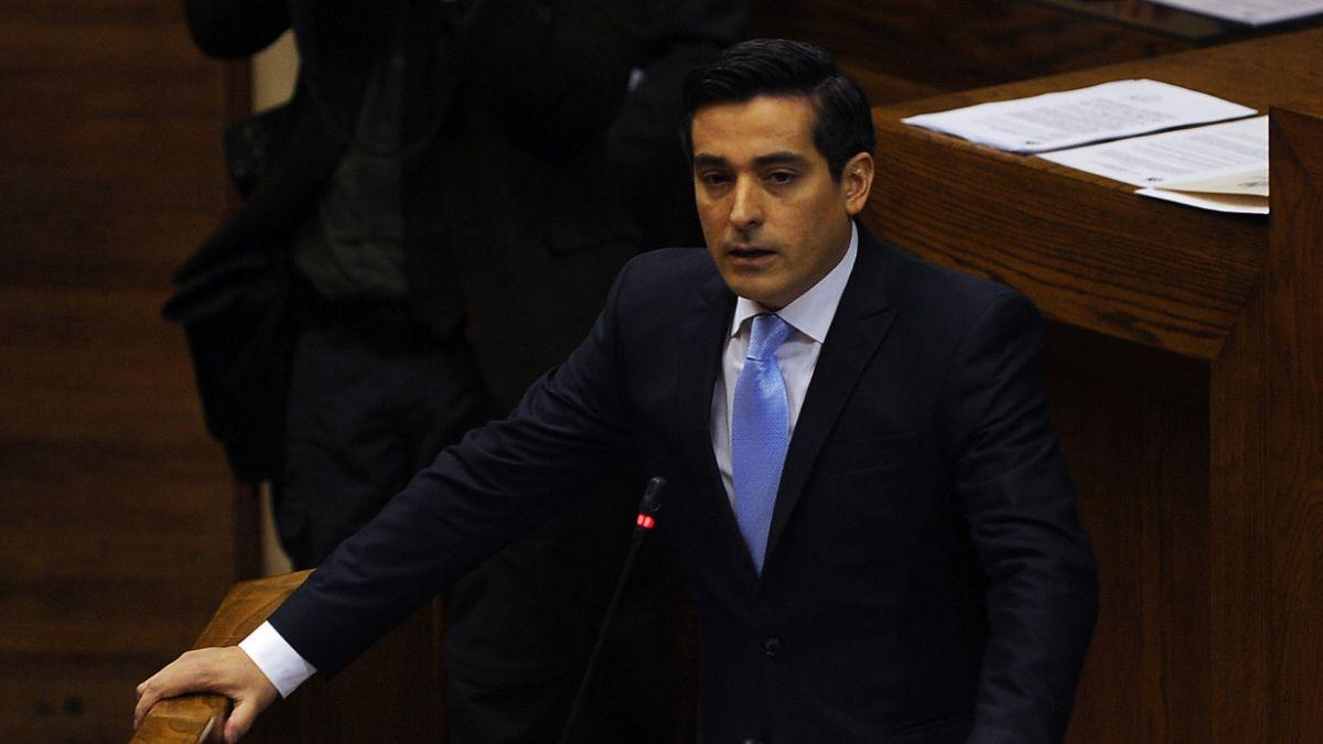 Peñailillo descarta que Congreso sesione en febrero para cumplir agenda legislativa