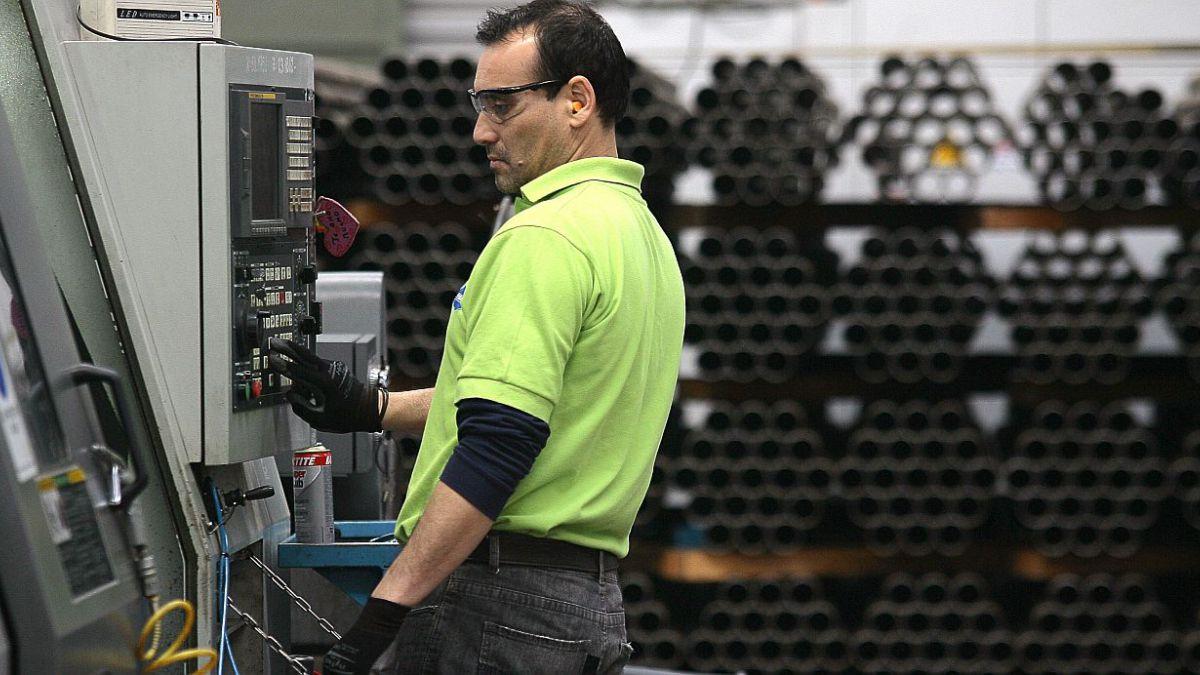 Producción industrial sube en diciembre y cierra 2014 con avance de 0,4%